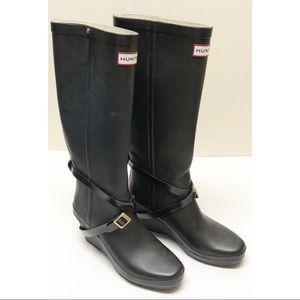 Hunter Andora  Black Wedge straps Boots Sz7